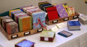 Leporellos und Notizbücher