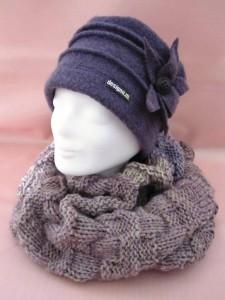 Haube mit Schal